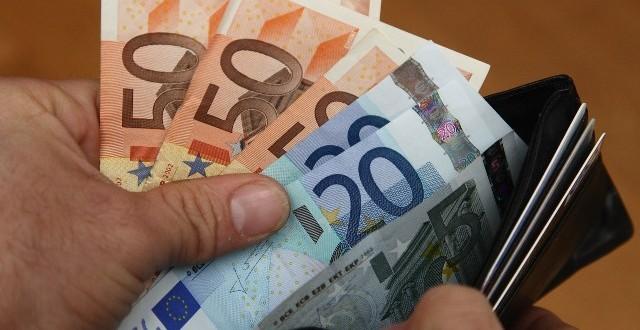vijesti, bloomberg, yahoo, dionice, fondovi, burza, tečaj, dolar, funta, euro