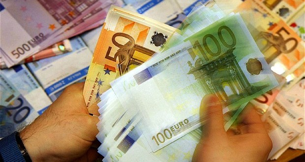 Banke odobrile 2,43 milijarde EUR kredita