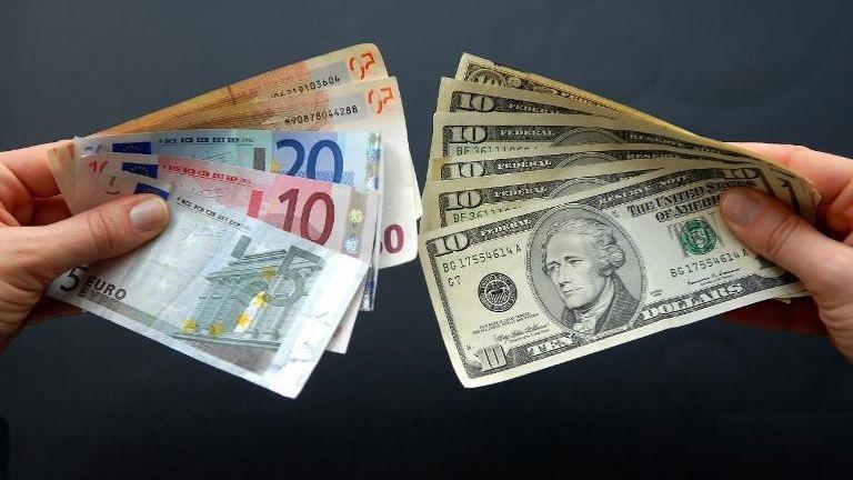 Kanadski dolar u eure