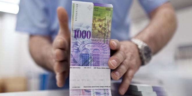 Srbija: Građani podnose grupne tužbe protiv banaka zbog kredita u švajcarcima