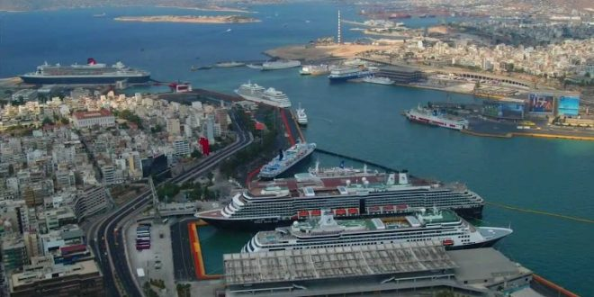 Kinezi kupili grčku luku Pirej