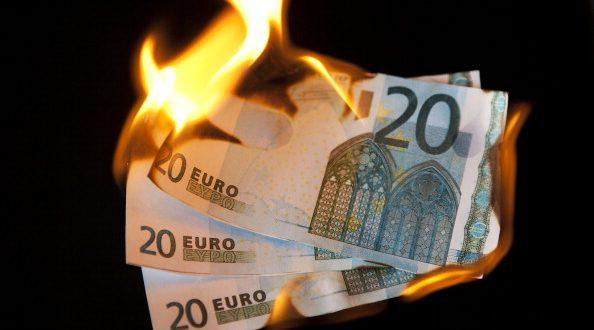 Deloitte: Povećan broj problematičnih kredita