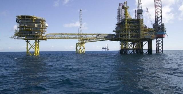 Skok cijene nafte zbog velike potražnje