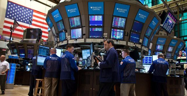 Wall Street u crvenom, rasprodaja u tehnološkom sektoru
