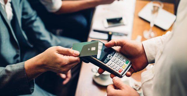 U Sloveniji limit za plaćanja beskontaktnim karticama podignut na 25 eura