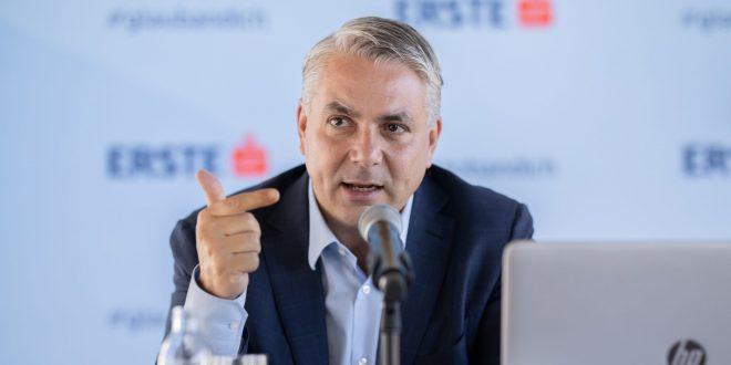 Šef Erste banke Peter Bosek podnosi ostavku krajem godine
